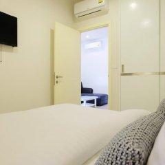 Отель The Base Residence Phuket Town By Moni Пхукет удобства в номере