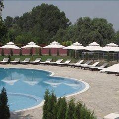 Отель Prestige Hotel Болгария, Свиштов - отзывы, цены и фото номеров - забронировать отель Prestige Hotel онлайн бассейн фото 3