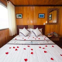 Отель Sunlight Cruise сейф в номере