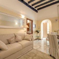 Отель Holiday-in Trevi комната для гостей фото 4