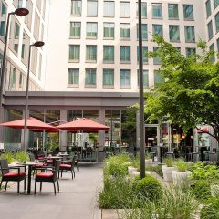 Отель Park Inn by Radisson Brussels Midi Бельгия, Брюссель - 5 отзывов об отеле, цены и фото номеров - забронировать отель Park Inn by Radisson Brussels Midi онлайн