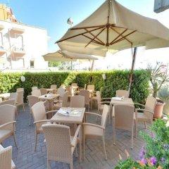 Отель Artide Италия, Римини - 1 отзыв об отеле, цены и фото номеров - забронировать отель Artide онлайн гостиничный бар