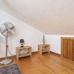 Отель Feels Like Home - Alfama Duplex удобства в номере