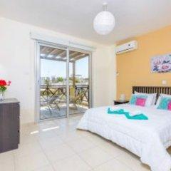 Отель Konnos Beach Villa 3 комната для гостей фото 4
