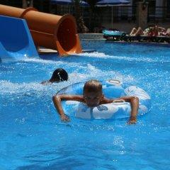 Almera Apart Hotel бассейн