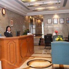 Ramee Guestline 2 Hotel Apartments интерьер отеля