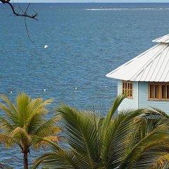 Отель Mango Creek Lodge пляж фото 2