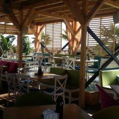 Отель Vega Village гостиничный бар