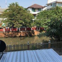 Отель Baan Wanchart Bangkok Residences Бангкок бассейн