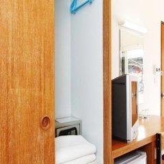 Отель Simon Place Паттайя сейф в номере