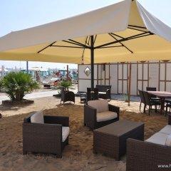 Отель Mocambo Италия, Риччоне - отзывы, цены и фото номеров - забронировать отель Mocambo онлайн бассейн фото 2