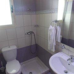 Отель Studios Villa Vasili Албания, Ксамил - отзывы, цены и фото номеров - забронировать отель Studios Villa Vasili онлайн ванная