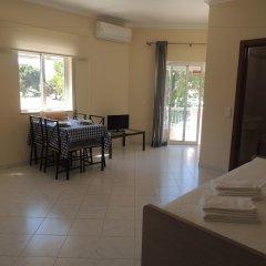 Отель Oura Apartamentos By Garvetur комната для гостей фото 3
