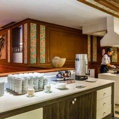 Отель Cholchan Pattaya Beach Resort в номере