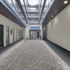 Отель Living by BridgeStreet, Manchester City Centre спортивное сооружение