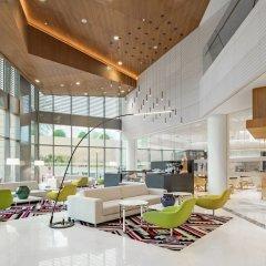 Radisson Blu Hotel & Residence, Riyadh Diplomatic Quarters интерьер отеля