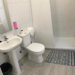 Отель Perola Dos Anjos Лиссабон ванная