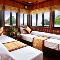 Отель Halong Golden Lotus Cruise комната для гостей фото 5
