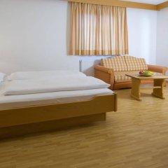 Отель Löwenwirt Италия, Чермес - отзывы, цены и фото номеров - забронировать отель Löwenwirt онлайн комната для гостей фото 5