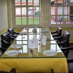 Отель FabHotel Golden Days Club
