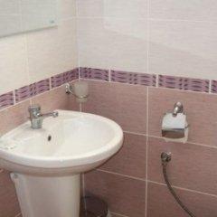 Отель Ravda Apartments Болгария, Равда - отзывы, цены и фото номеров - забронировать отель Ravda Apartments онлайн ванная
