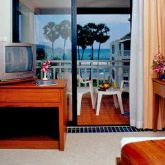 Отель Sunset Beach Resort Таиланд, Пхукет - отзывы, цены и фото номеров - забронировать отель Sunset Beach Resort онлайн удобства в номере фото 2