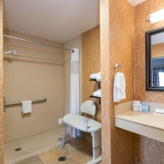 Отель Hampton Inn & Suites Lake City, Fl Лейк-Сити сейф в номере