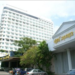 Отель Royal Twins Palace Паттайя парковка