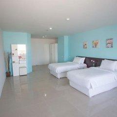Отель R-Con Wong Amat Suite комната для гостей фото 4