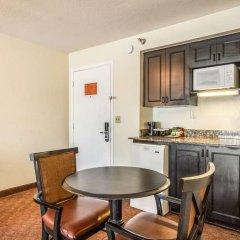 Отель Clarion Inn & Suites Clearwater в номере фото 2
