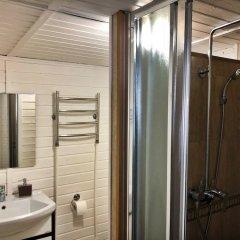 Гостиница OK - Reka в Звенигороде отзывы, цены и фото номеров - забронировать гостиницу OK - Reka онлайн Звенигород ванная фото 2