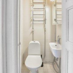 Отель Kamppi Runeberginkatu 17 Финляндия, Хельсинки - отзывы, цены и фото номеров - забронировать отель Kamppi Runeberginkatu 17 онлайн ванная