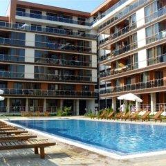 Отель Pomorie Bay Apart Hotel Болгария, Поморие - отзывы, цены и фото номеров - забронировать отель Pomorie Bay Apart Hotel онлайн бассейн фото 3
