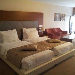 Отель Gravis Suites Стамбул комната для гостей фото 2