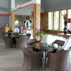 Отель Chabana Resort Пхукет спортивное сооружение