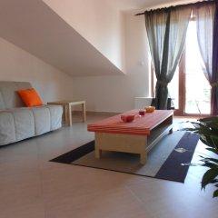 Апартаменты Apartments u Staropramenu комната для гостей фото 4