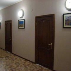 Отель Guest House Kirghizasia Кыргызстан, Бишкек - отзывы, цены и фото номеров - забронировать отель Guest House Kirghizasia онлайн интерьер отеля