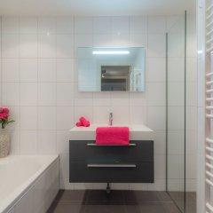 Отель Dynasti Apartments Amsterdam Нидерланды, Амстердам - отзывы, цены и фото номеров - забронировать отель Dynasti Apartments Amsterdam онлайн ванная фото 2