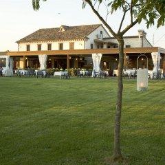 Отель Locanda Il Girasole Италия, Камерано - отзывы, цены и фото номеров - забронировать отель Locanda Il Girasole онлайн спортивное сооружение