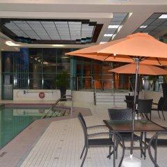 Отель Rosedale Condominiums Канада, Ванкувер - отзывы, цены и фото номеров - забронировать отель Rosedale Condominiums онлайн бассейн фото 3