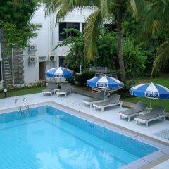 Отель Mandalay Swan бассейн
