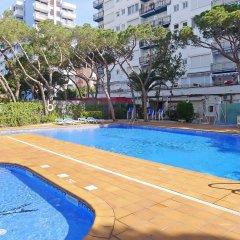 Отель Santa Cruz - INH 27247 Бланес бассейн