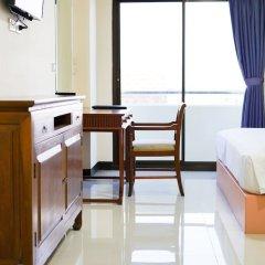 Отель White House Bizotel в номере