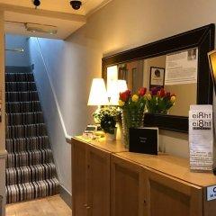 Апартаменты Ei8ht Brighton Apartments - Guest house банкомат