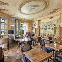 Отель Pushkin гостиничный бар