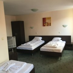 Hotel Biju сейф в номере