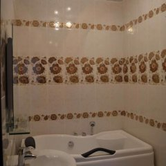 Гостиница Family House ванная фото 2