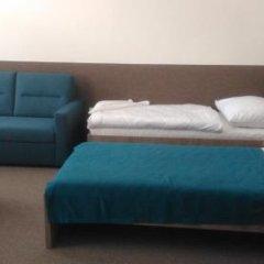 Отель Ubytovací Zařízení AMU комната для гостей