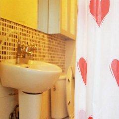 Отель Goldenpond Guesthouse Южная Корея, Сеул - отзывы, цены и фото номеров - забронировать отель Goldenpond Guesthouse онлайн ванная