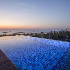 Отель Long Beach Holiday бассейн